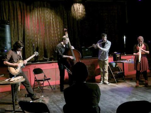 Brice Gatinet, Peter Burton, Jamie Webber, Jennifer El Gammal [Photo: Chrissy Cheung , Montréal (Québec), 10 octobre 2011]