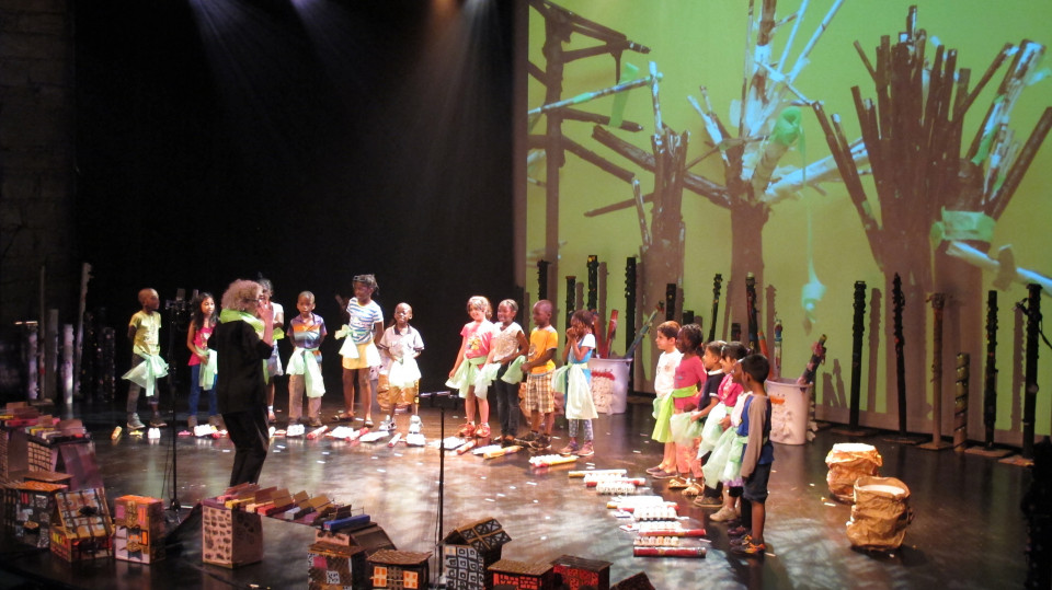 Concert avec des élèves des écoles primaires Enfant-Soleil et Jean-Grou de Montréal [Photo: Céline Côté, Montréal (Québec), 3 juin 2016]