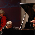 Left to right: Lori Freedman, Marilyn Lerner, Ig Henneman during the recording, in concert of the album Réunion [Photograph: Lauren des Marteaux, Toronto (Ontario, Canada), December 2, 2016]