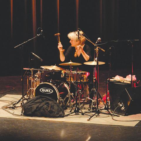 Danielle Palardy Roger au Festival des musiques de création (FMC) [Photo: Alain Dumas, Jonquière (Québec), 19 mai 2006]