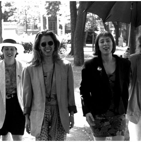 Tenko; Joane Hétu; Zeena Parkins; Diane Labrosse; Danielle Palardy Roger [Photo: Jacques Leduc, Montréal (Québec), novembre 1990]