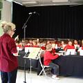 Danielle Palardy Roger dirigeant une classe [Photograph: Céline Côté, Montréal (Québec), 2007]