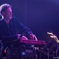 Vergil Sharkya' en concert avec l'Ensemble SuperMusique (ESM) au Festival de musique actuelle de Victoriaville [Photo: Martin Morissette, Victoriaville (Québec), 19 mai 2012]