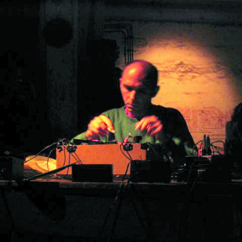 Martin Tétreault live at Garage Festival (Germany) [Photograph: Éric Mattson, August 2003]