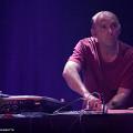 Martin Tétreault en concert avec l'Ensemble SuperMusique (ESM) au Festival de musique actuelle de Victoriaville [Photo: Martin Morissette, Victoriaville (Québec), 19 mai 2012]
