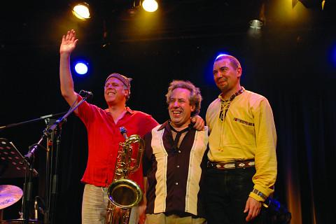 Trio Derome Guilbeault Tanguay, Jean Derome, Normand Guilbeault, Pierre Tanguay [Photo: Pierre Crépô, Montréal (Québec), 29 juin 2006]