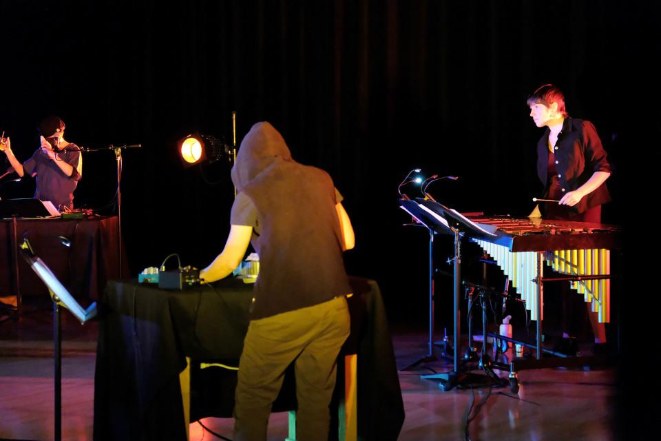 Sarah Albu, Anne-Françoise Jacques, Eugénie Jobin Tremblay [Photo: Céline Côté, Montréal (Québec), 8 février 2021]