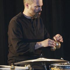 Pierre-Yves Martel / 7: Pierre-Yves Martel revisite Les Poules (2002) [Photo: Robin Pineda Gould, Montréal (Québec), 21 avril 2021]